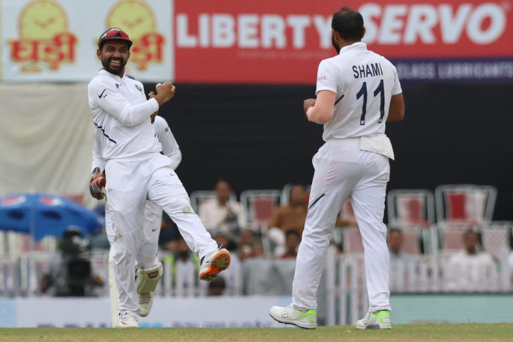 ☝️ Dane Piedt ☝️ Kagiso Rabada South Africa lose two quick wickets after lunch. They are 130/8, trailing by 367. LIVE 👉 bit.ly/IndvsSA6