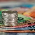 @SBWHnl - Beslag op 72.000 euro in contanten in huis directeur fruitoverslagbedrijf Barendrecht https://t.co/KVr4I82RHb via @rechtennieuws @SBWHnl https://t.co/ACYVeZFfNR