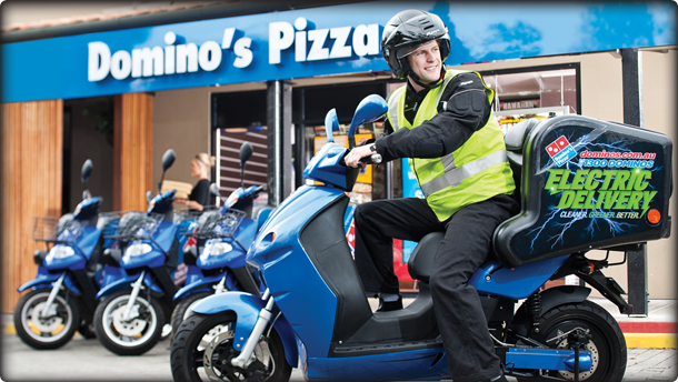 test Twitter Media - #HorecaDeinze - Domino's Pizza opent eind dit jaar een filiaal in Deinze. De Amerikaanse pizzaketen begint binnenkort met de verbouwingswerken in Tolpoortstraat 115, aan het kruispunt de Knok. #welovehoreca #horeca #deinze https://t.co/PDwU3RGvy7 https://t.co/qr0t45QLfr