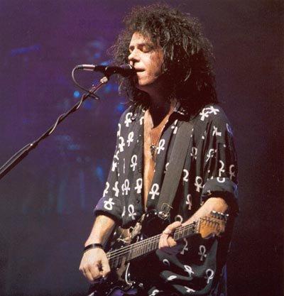 Happy Birthday to incredible axeman Steve Lukather, Adje\s SEGA mate!   2nd pic via Adje