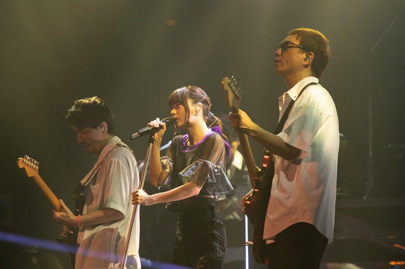 【発売まであと2日🌈】LIVE BD「Inori Minase LIVE TOUR Catch the Rainbow!」2019.10.23リリース🎵マイクスタンドを使ったパフォーマンスも見所のひとつ!新たな一面をぜひキャッチしてください✨ダイジェスト映像▶️#水瀬いのり #CatchtheRainbow (スタッフ)