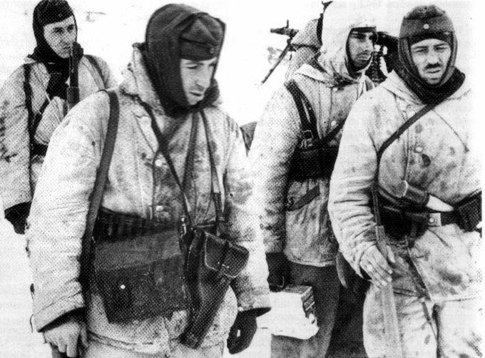 Русия припомни на НАТО за Сталинград след поръчка на зимни униформи