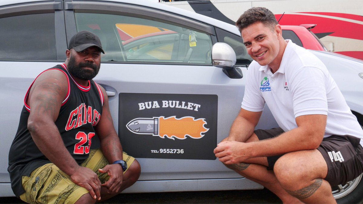 """Awesome to be in Fiji, helping set up a taxi business for the Man know as the """"Bua Bullet"""", @fijirugby's Rupeni Caucaunibuca. Now back to the rain & cold in England 😩 @pacificwelfare"""