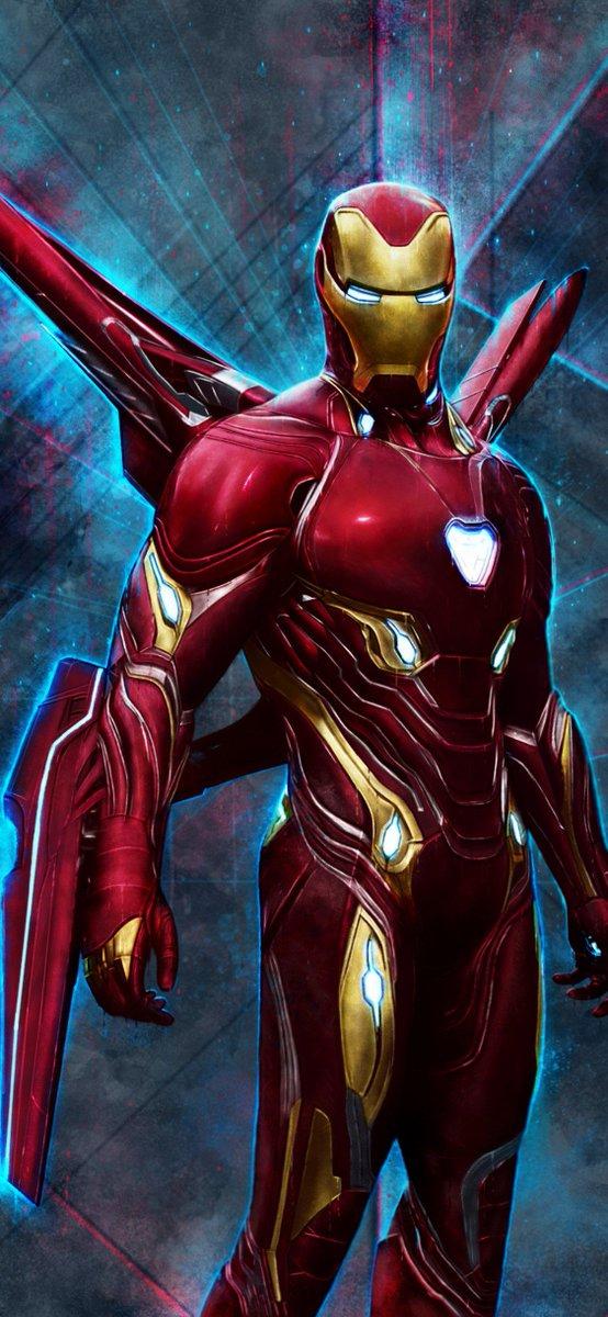 Who's winning??  1.) Iron Man  2.) Batman <br>http://pic.twitter.com/UogsaAIlpe