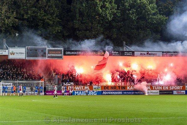 test Twitter Media - Ook Eredivisie-uitduel zonder supporters dreigt na pyro-actie https://t.co/EkxXxblIok https://t.co/CU5xGU7dEM