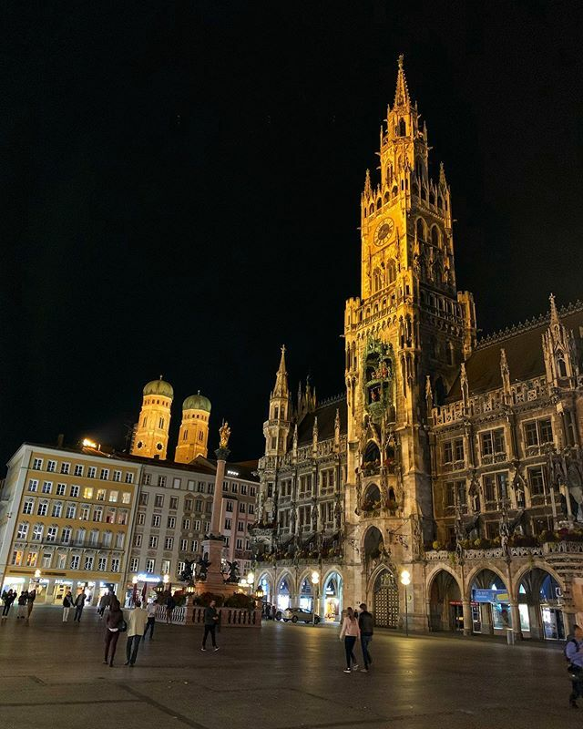 Munich tonight  #munichfoodguide #munichtattoo #munichlove #munichinside #munich_germany #munichlifestyle #munichstagram #munichgirls #munichairport #munichlife #munichworld #munichfood #munichgermany #visitmunich #munichjewelleryweek #munichblogger #mun… https://www.instagram.com/p/B35RsIxCmjW/pic.twitter.com/n6HPjybFBp