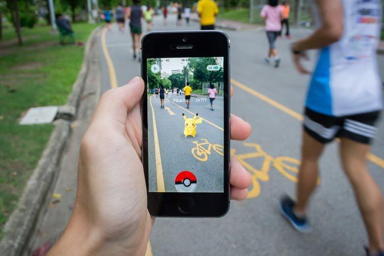 Sofía, una viuda de 67 años que usa Pokémon Go para reconectar con su ciudad.