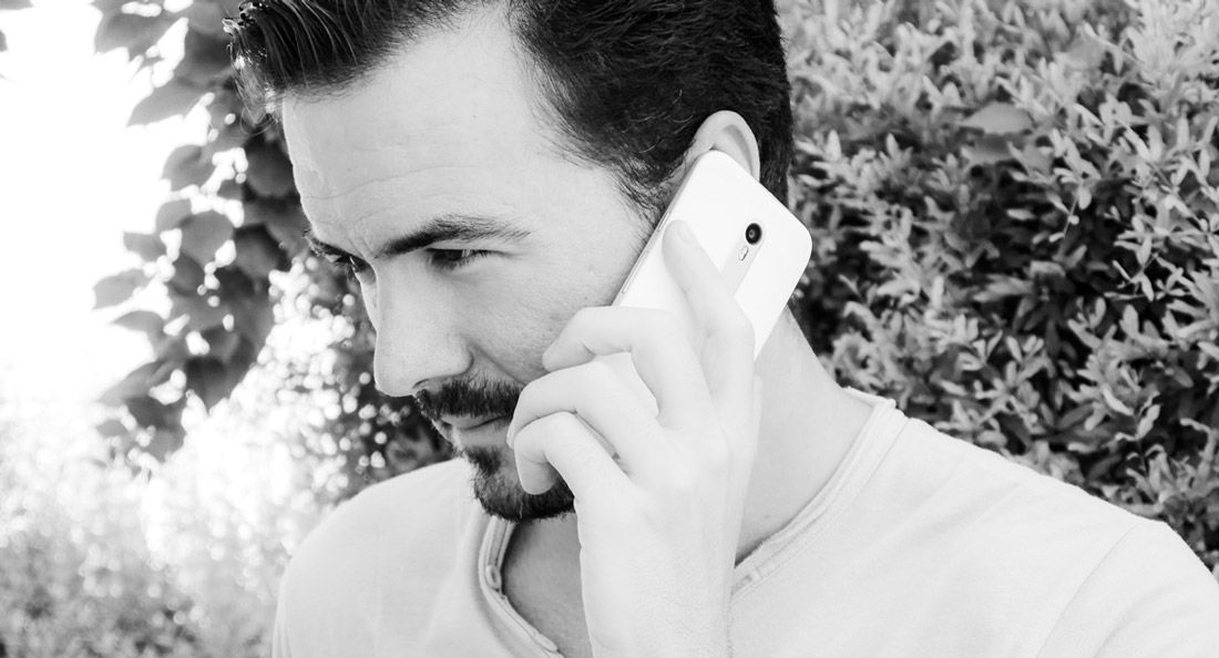 ¿Qué son las llamadas VoIP? Te explicamos cómo funcionan estas comunicaciones y de qué manera puedes aprovecharlas.