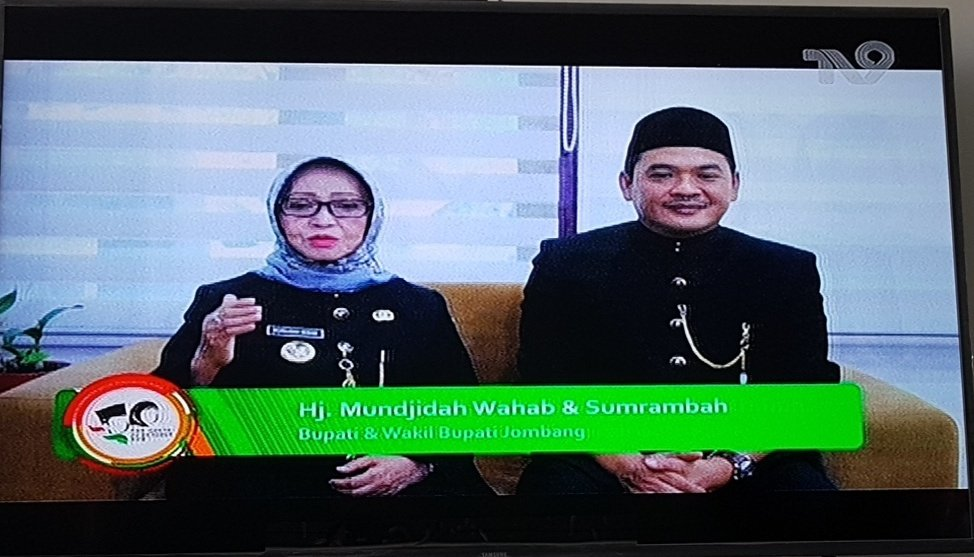 Terima kasih, kerjasama Pemerintah @jombangkab dg @TV9NUsantara untuk menyemai dan memastikan spirit cinta tanah air #ResolusiJihad di #HariSantri2019. Semoga rekognisi, afirmasi, fasilitasi negara pd Kaum Santri bs kian dekatkan cita2 bersama Indonesia menjadi Negara Maju. Amin.