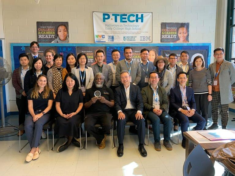 IBM y la Universidad de Guadalajara traen el modelo escolar P-TECH a México –