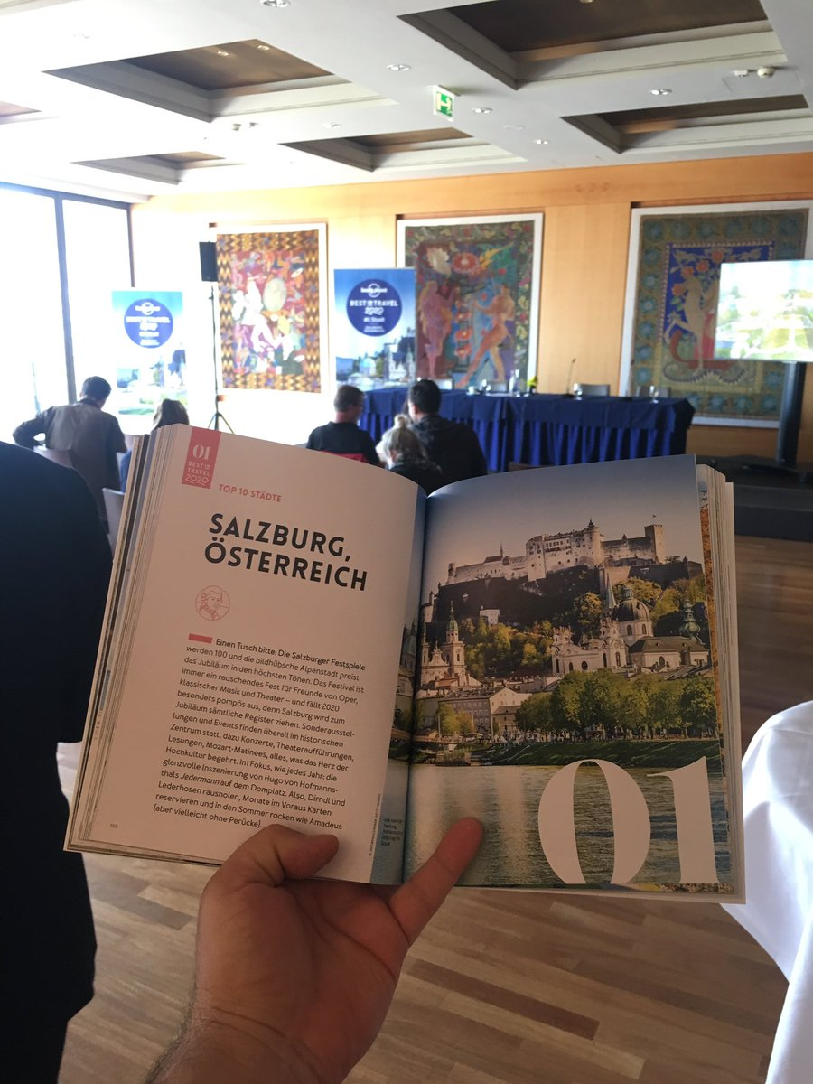 Live from the @lonelyplanet #BestInTravel award ceremony in #Salzburg 🎉 Huge congrats to this fantastic city, and fascinating to see my writing on @aruba translated into German 👏