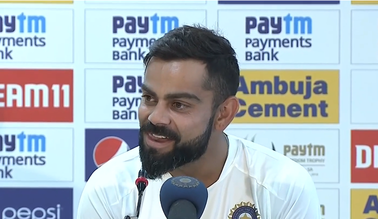 "Virat Kohli to reporter when asked about Dhoni and his future, says  ""He is here, in the change-room, come say hello to him.""  #INDvSA #ViratKohli #MSDhoni<br>http://pic.twitter.com/az5CM8Pkfn"