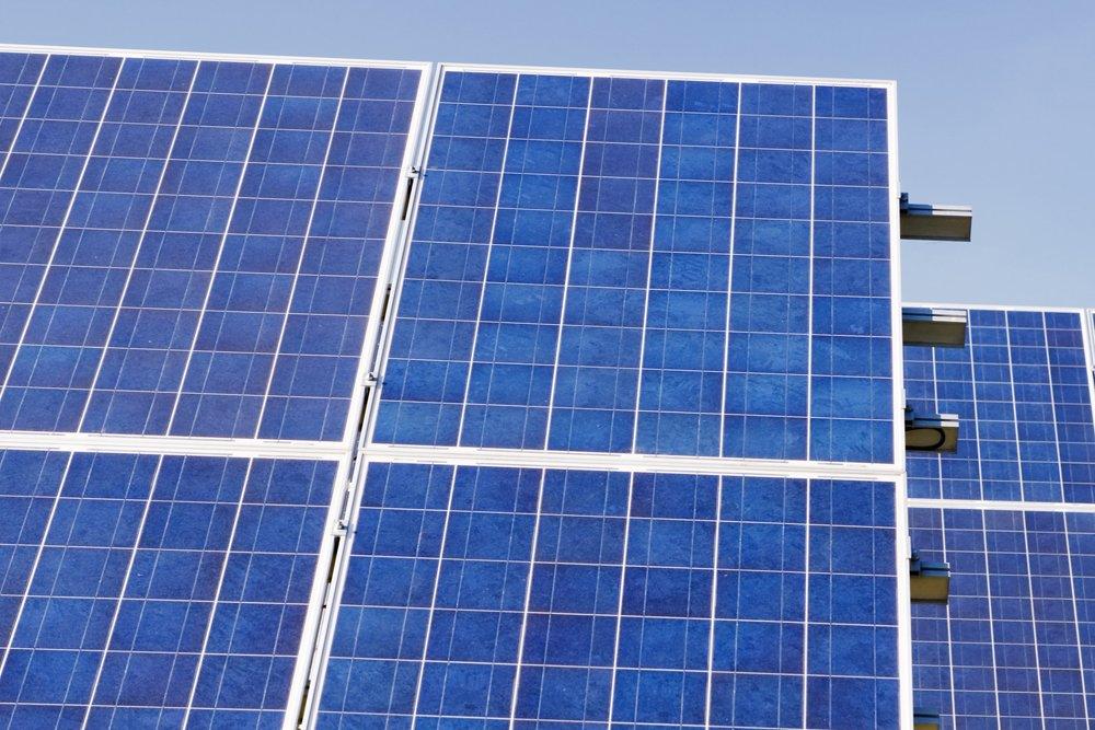 test Twitter Media - Op het dak van basisschool De Bogerd komen zo'n 1200 zonnepanelen. Energieopbrengst voor ca. 100 huishoudens én de school. 24 okt. rond 14.45 uur de Kick-Off bij De Bogerd met wethouder Erik van Hoften @Gem_Maasdriel https://t.co/gnR63CkXHe https://t.co/l2MFFwBPWU