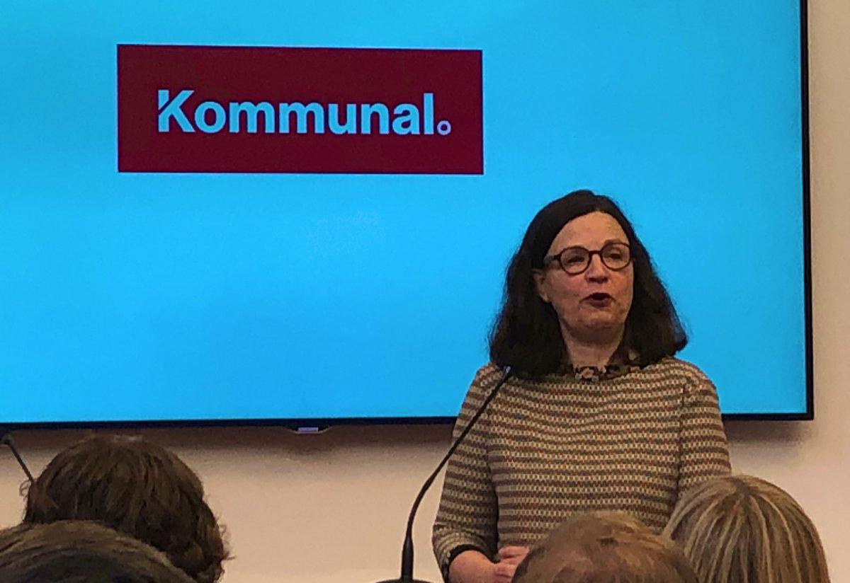 """""""Som dotter till kommunalare är jag stolt över @FacketKommunal som tagit fram den här rapporten"""", säger @Anna_Ekstrom (dotter till @FruJonsson). Rapporten som det hänvisas till finns på kommunal.se/sprak och är skriven av @MariHuup."""