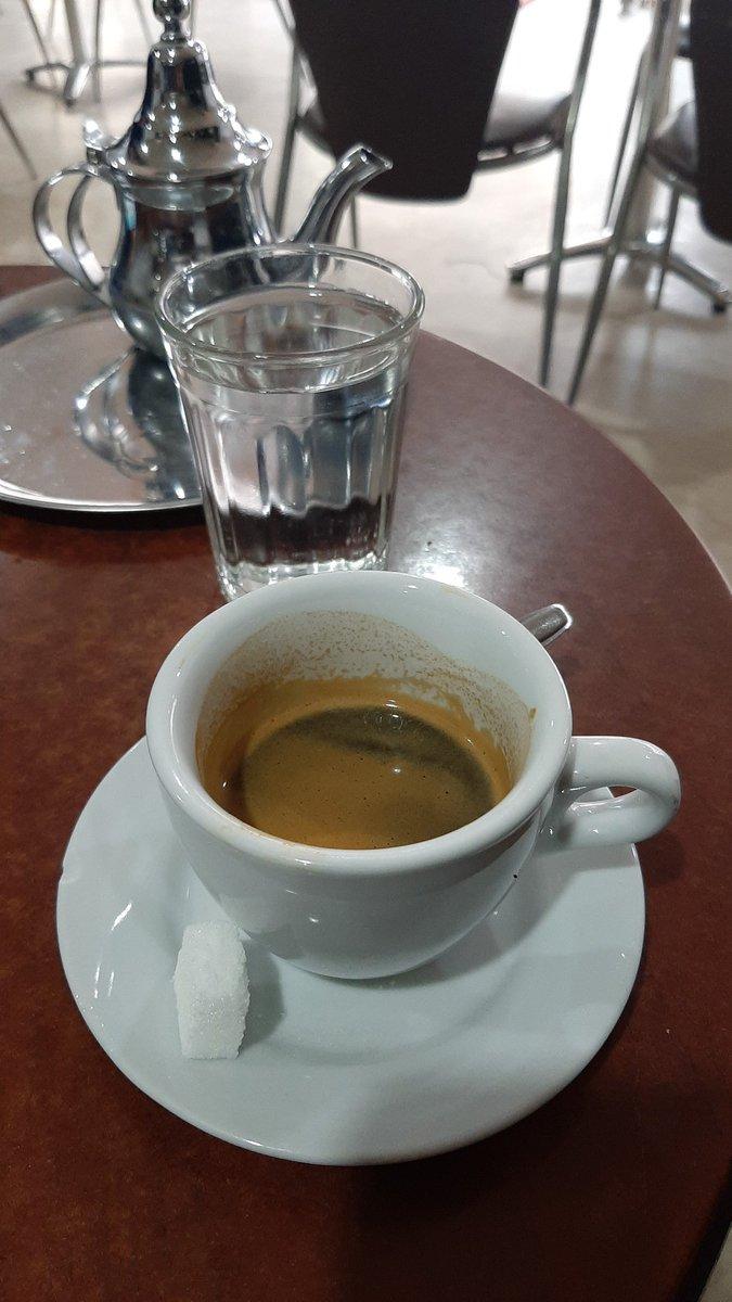 #القهوة https://t.co/FF2E5hNrMm