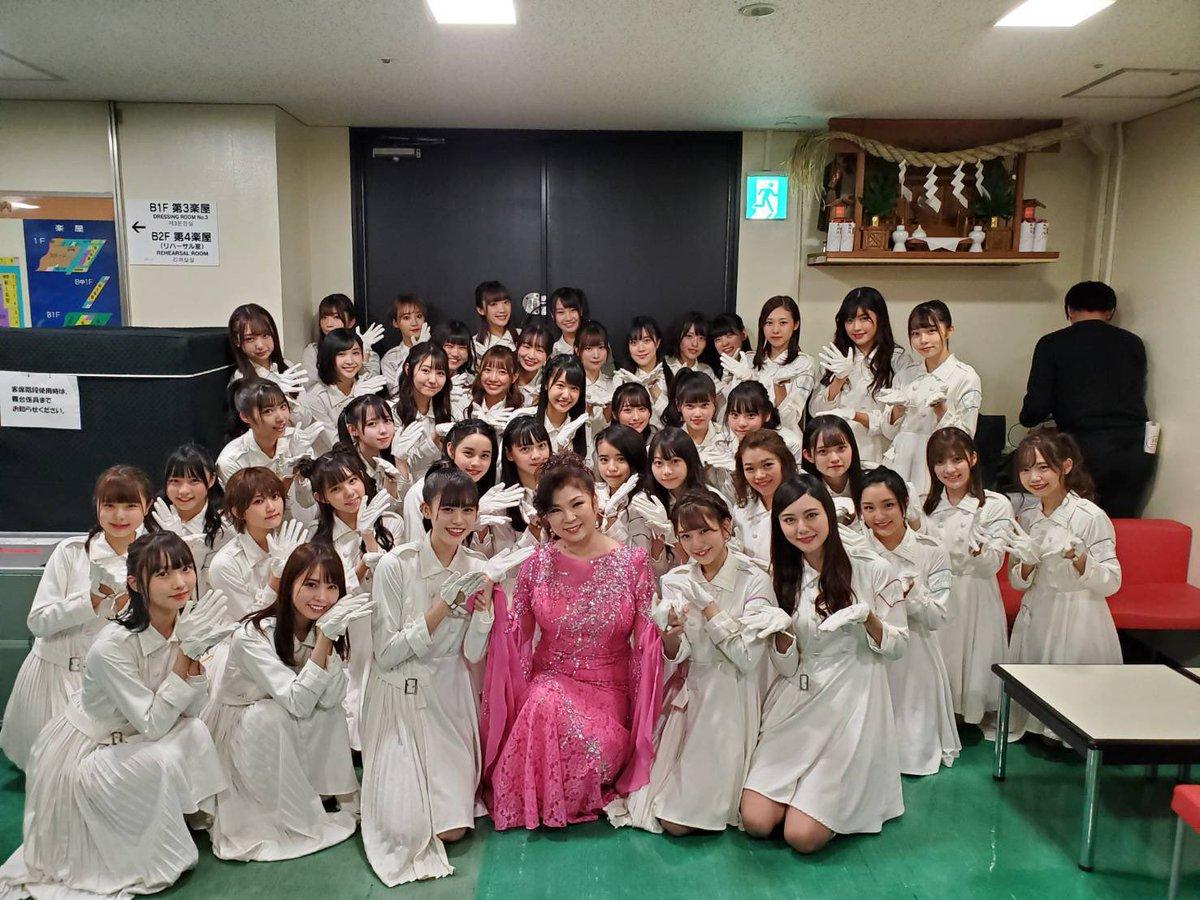 NHK「うたコン」📺八代亜紀さんと「おんな港町」で共演させていただきました☺️✨「青春トレイン」パフォーマンスも💃ご覧いただきありがとうございました❣️今後ともラストアイドルをよろしくお願いします🙇♀️#ラストアイドル#青春トレイン#うたコン#八代亜紀