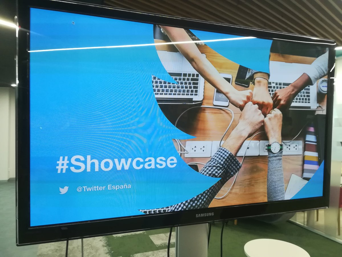 Así mola empezar la mañana... #Showcase de ideas y campañas de éxito con el equipo de @TwitterEspana @TwitterMktgES #StartWithThem #EmpiezaConEllos #NuncaDejesDeAprender