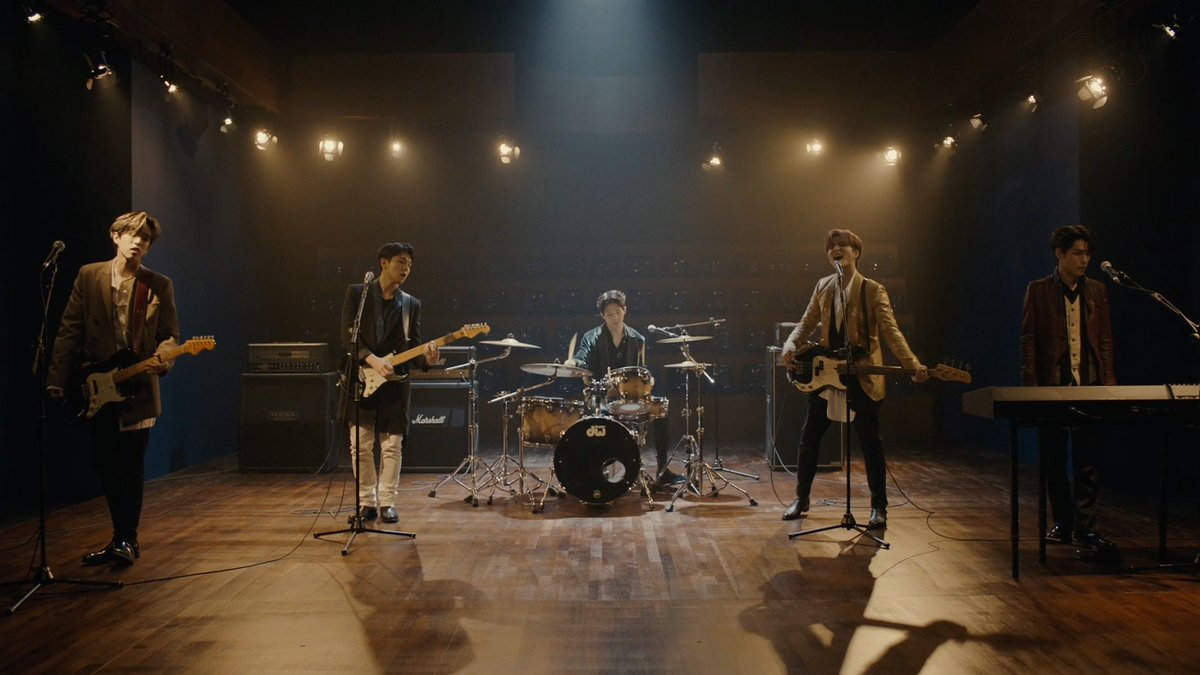 DAY6 Sweet Chaos M/V youtu.be/CWUGikRxGQs #DAY6 #데이식스 #The_Book_of_Us #Entropy #Sweet_Chaos