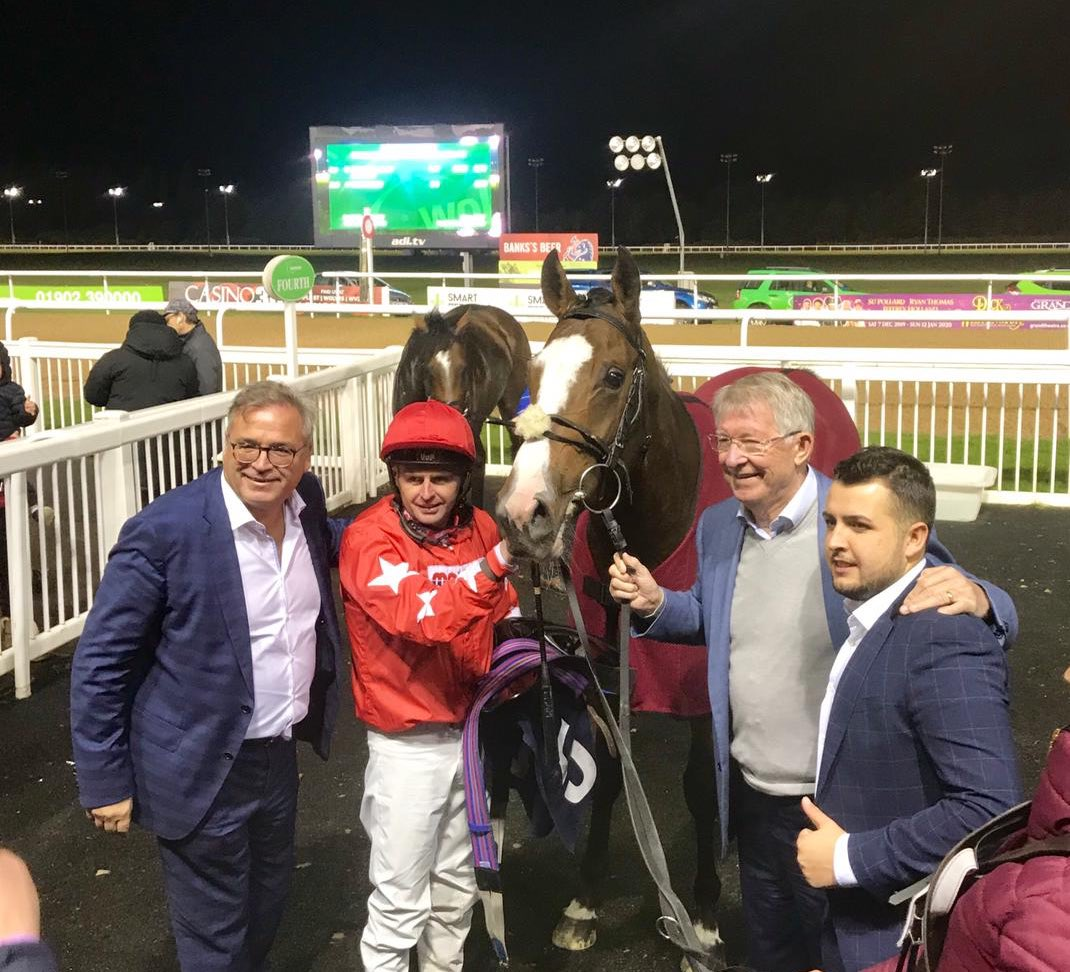 It was an absolute pleasure to welcome Sir Alex Ferguson to @WolvesRaces on Friday Evening! 🐎