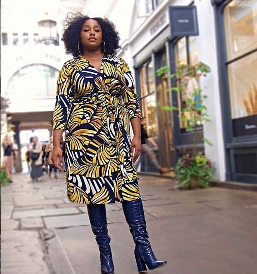 We love this @Curvissa dress on @UKafrolista - we'll take the boots too! 🎉 #curvecrush https://t.co/rLN7UVriDp