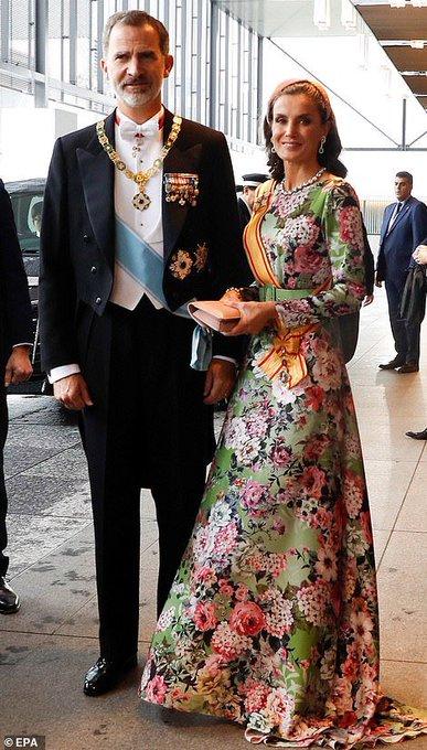 即位礼正殿の儀】各国要人の『服装』が話題に 「美しい」「どれ