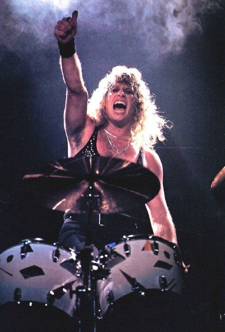 Happy Birthday to former Ratt Drummer Bobby Blotzer. He turns 61 today.