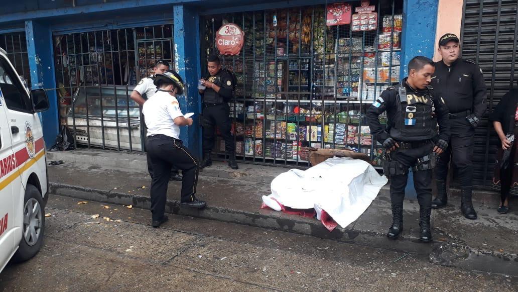 test Twitter Media - #AHORA Los @BVoluntariosGT informan que en la colonia Santa Luisa zona 6, un hombre de aproximadamente 25 años, fue asesinado. https://t.co/YSrlcDpmi8