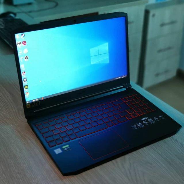Gracias a Acer Perú, tenemos la Laptop gamer Nitro 7, pronto la reseña en YouTube. . . . #eMarketPerú #Acer #AcerNitro7 #Nitro7 #Laptop #PC #Computer #Gamer #Game #GeforceGTX #Geforce #Tech #Technology #Geek #TechNews #Tecnologia #Lima #Perú https://ift.tt/2W6KJAkpic.twitter.com/CKltssxcK2