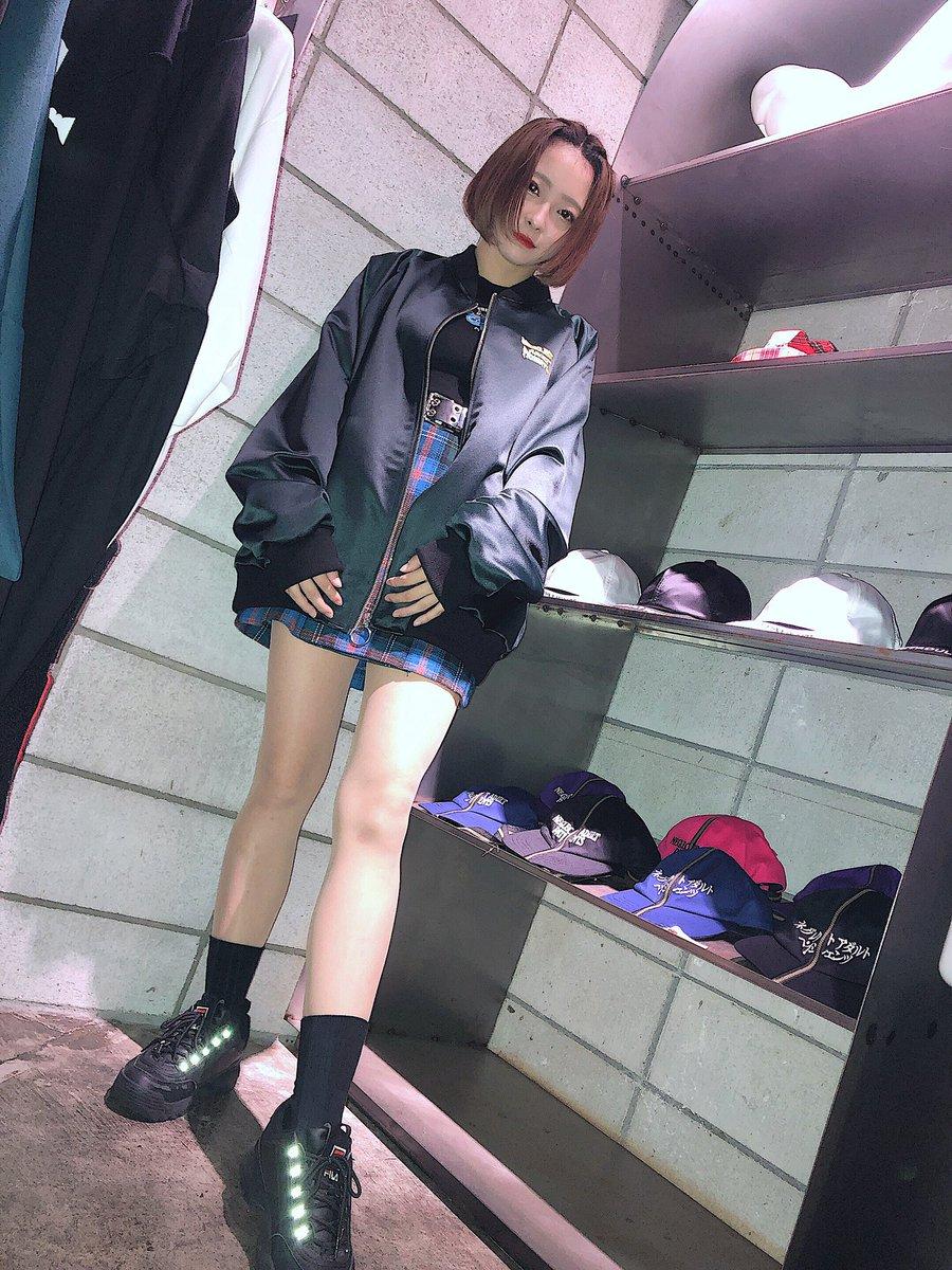 20SS tEEnAgE drEAmErs NAP展示受注会にお邪魔してきました🕺どれもかっこかわよいから着ると素敵な自分になれるよ、魔法✨✨✨ブルゾン注文したよわーい!!!