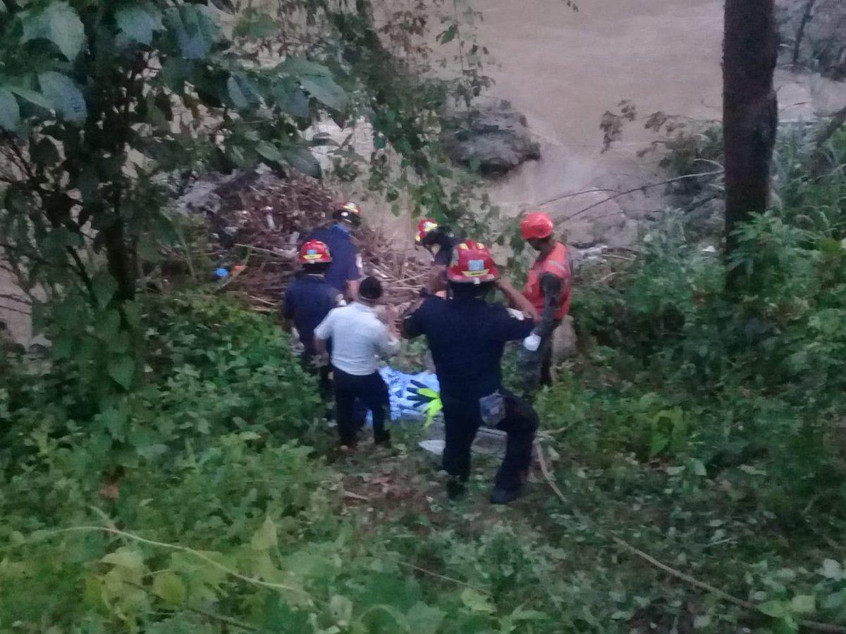test Twitter Media - Luego de casi 4 días de búsqueda se localizó a un menor de 7 años que fue arrastrado por la corriente del río Cucanjá, en San Miguel Tucurú, Alta Verapaz.Vía: @ConredGuatemala https://t.co/xTwGhIOyxo