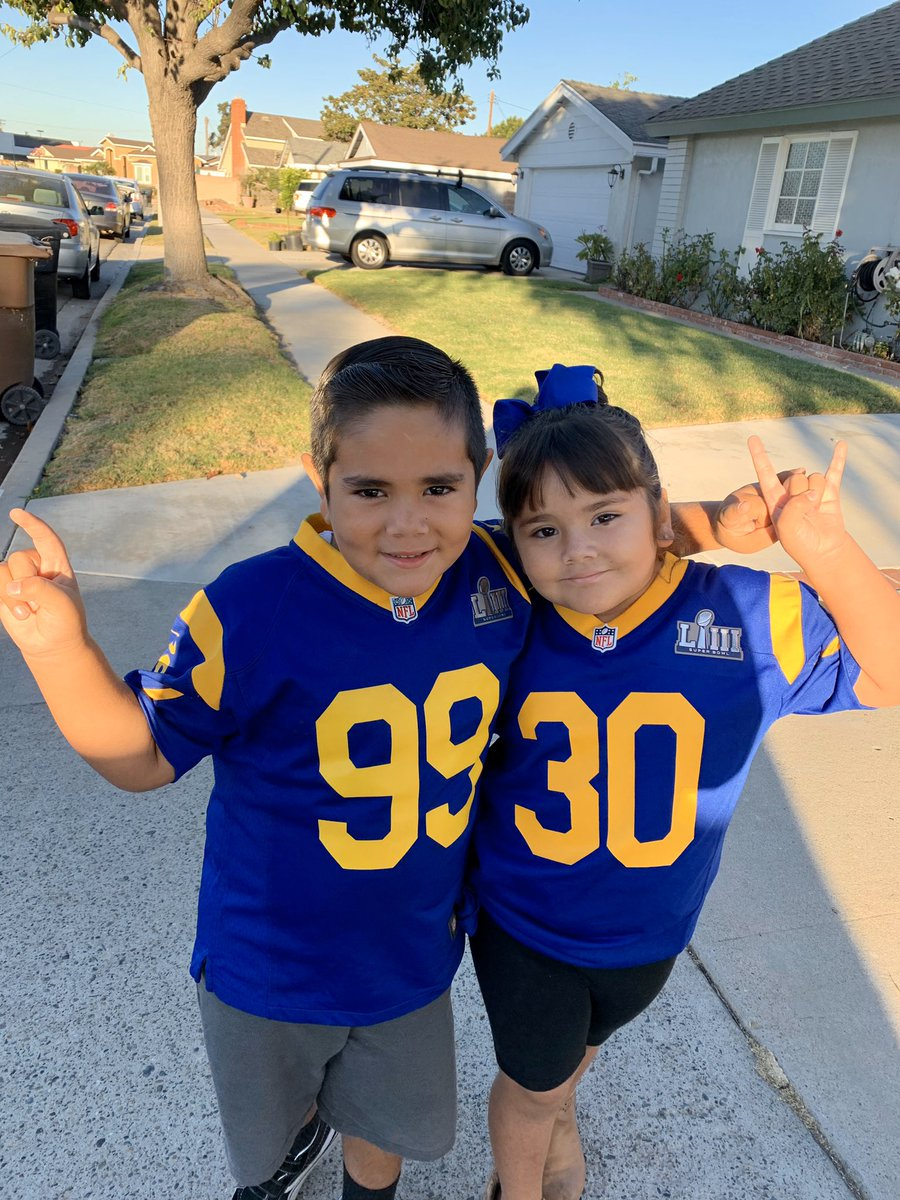 """""""Team up against drugs"""" day and you already know what team The Littles are repping! #redribbonweek #gurley #donald #99 #30 #gurleygirl #thelittles @AaronDonald97 @TG3II @RamsNFL"""