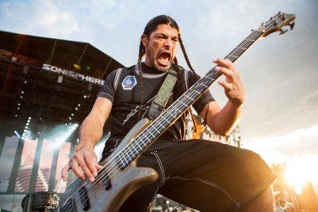 Happy Birthday to Metallica Bassist Robert Trujillo. He turns 55 today.