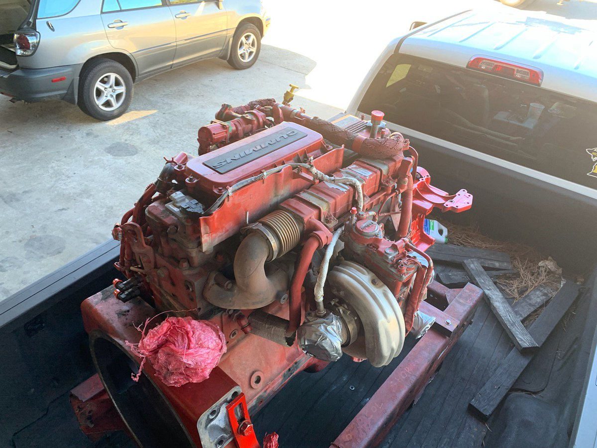 Another Cummins coming in for Re-man  #diesel #engines #diesellife #AFS #atlanta #trucks #dieselengines #atlantadiesel pic.twitter.com/Yd7UIul2np