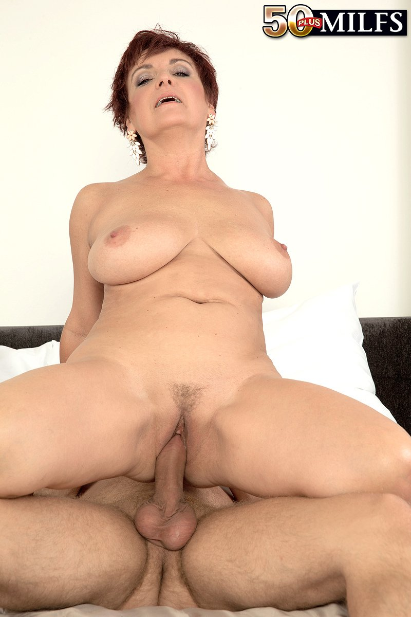 Jessica Hot Mature