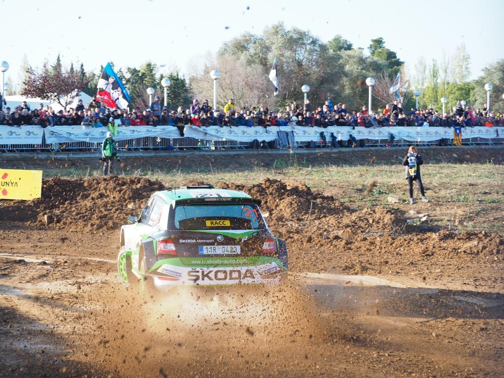 WRC: 55º RallyRACC Catalunya - Costa Daurada - Rally de España [24-27 Octubre] - Página 5 EHoYHcjXUAEEyli
