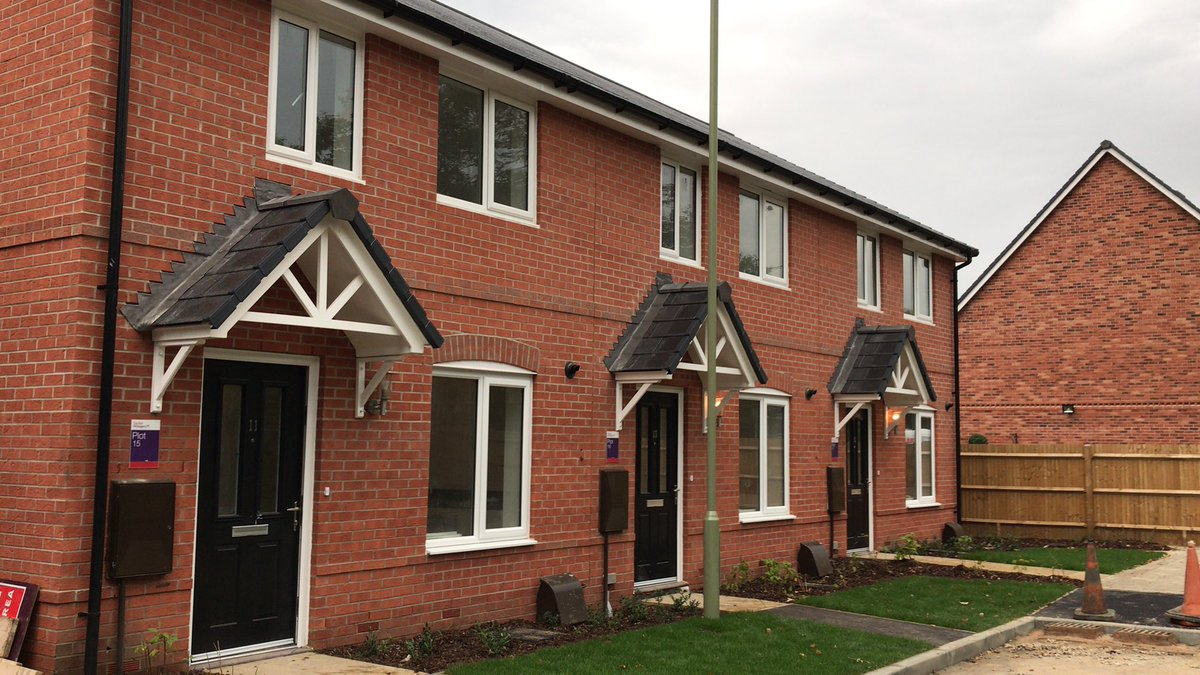 Homes almost ready for home ownership at Kestrel Park, Bursledon with Taylor Wimpey. @WeAreVIVIDhomes