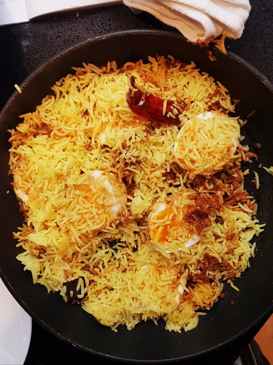 This Malabar egg biryani we made in the office last wk was so delicious and ready in only 15m using the new @TheSpiceTailor biryani kits. And with no fried bits on top was really light as well. Find in @sainsburys and make this weekend for a delicious, warming supper. https://t.co/qUsLxF3hIh