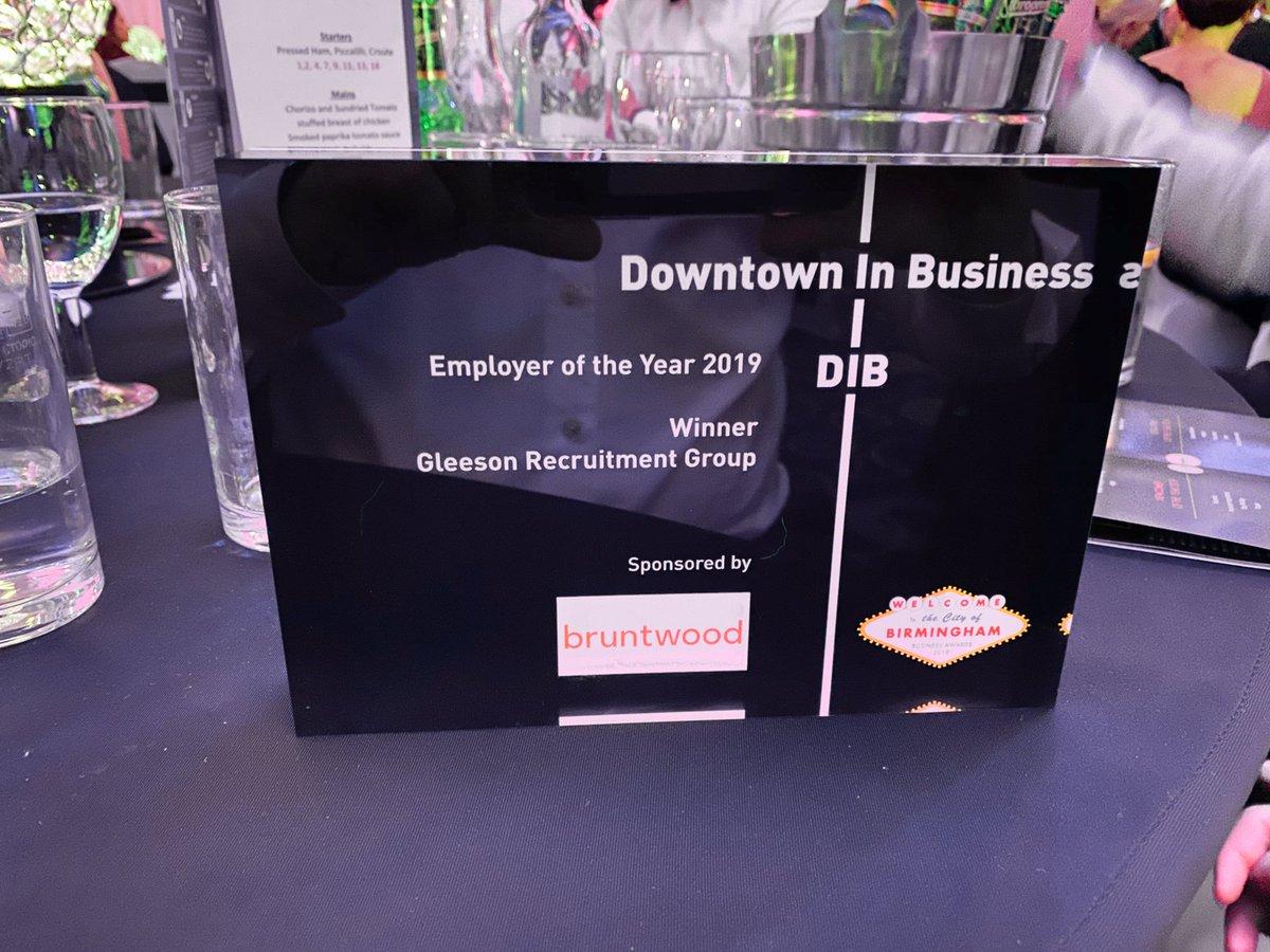 AWARDS/BUSINESS/RECRUITMENT NEWS: Birmingham-based recruitment company wins employer of the year at influential awards -  http:// bit.ly/2BDs5q3     @DIBBrum @Edgbaston @Gleesa3 @GleesonRecruit #Awards #Business #Recruitment #Workwithglee #Birmingham<br>http://pic.twitter.com/T9KOxbfhpD