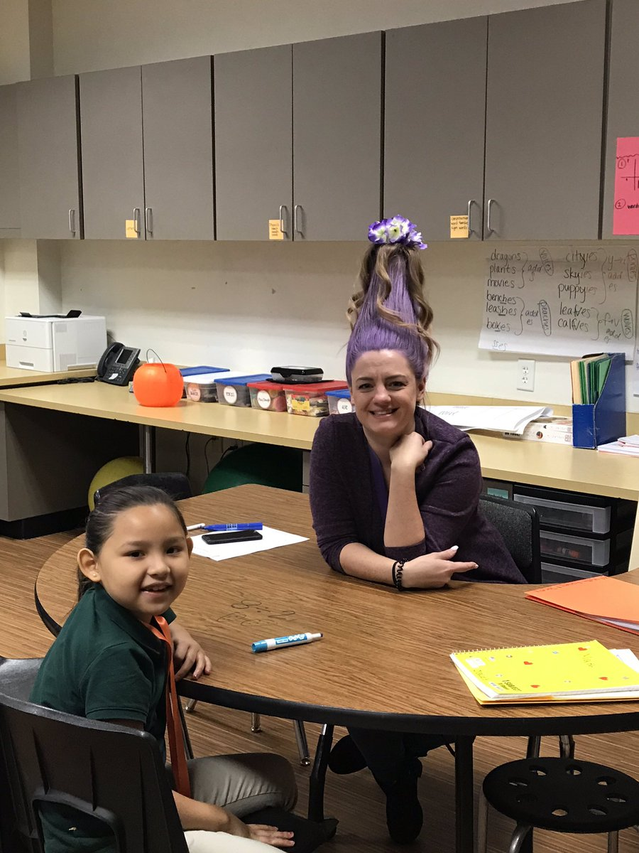 @CBEBears OMG best crazy on crazy hair day yet! @roxxy_griffin @mellydal