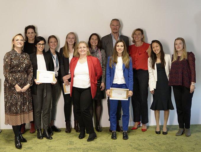 Temos a vencedora do primeiro Atos Fintech Female! Quem levou o prêmio esse ano...