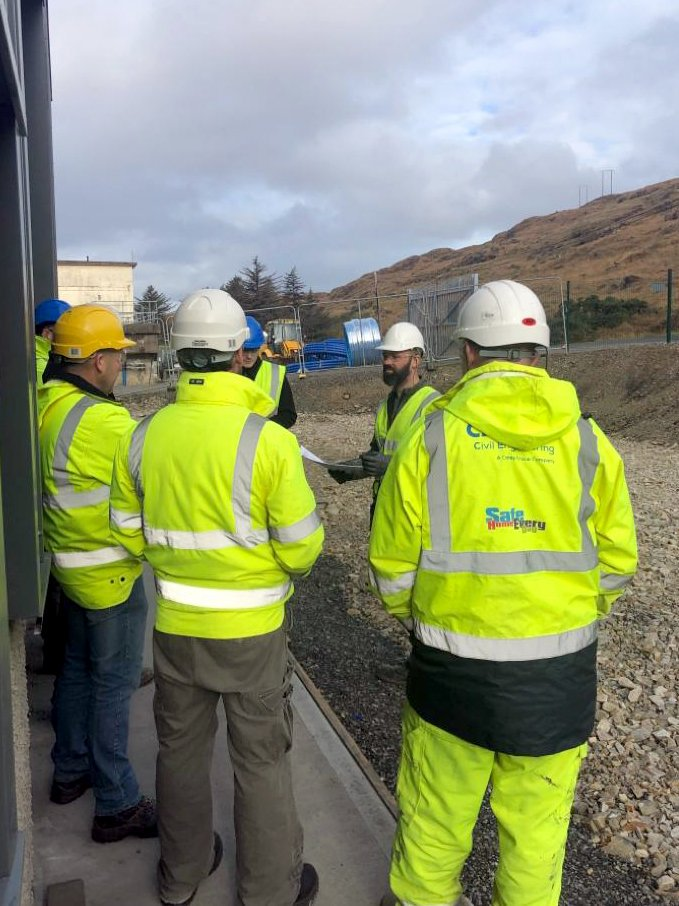 test Twitter Media - TES have been supporting the CIF Construction Safety Week all week, pictured from one of TES's active @IrishWater sites is today's toolbox talk being delivered, which focused on vehicle risk and safety in lifting operations.  #constructionsafetyweek #toolboxtalks #cifsafety19 https://t.co/T2xYvi3gIB