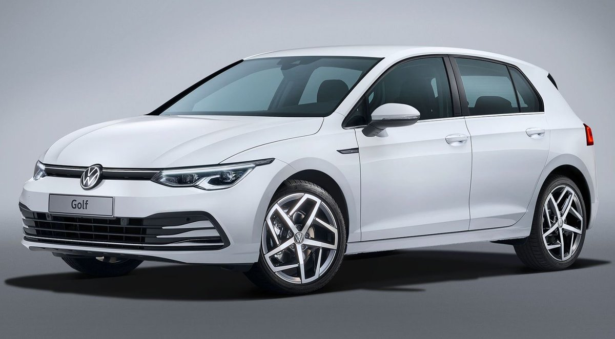 Here are leaked photos of the 2020 @vw Golf ahead of it official release. It's looks like it's a bit annoyed and angry. Being such an important car for #VW what do you guys think of the styling? 🖐🏽❤️ #2020 #2020vwgolf #vwgolf  #golf #gti #volkswagen #farshadtehrani #farghini