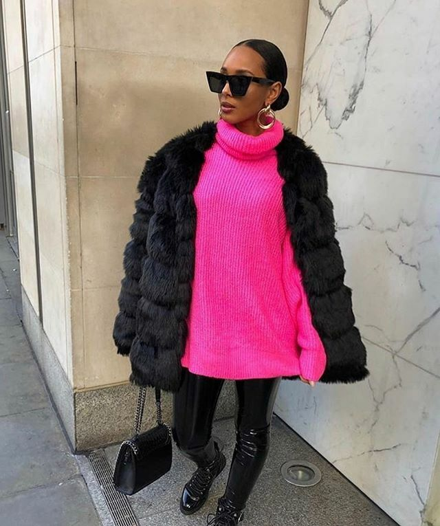 Knitwear is a must . . . . . . . #taptoshop #neonpink #ootd #fulloutfit #fulloutfitpic #styledclothinguk #fbloggeruk #ukstreetstyle #streetstylelondon #buckinghamshire #gerrards cross #southbucks #berkshire #need #want #love #lovedressingup #fullglam #glamlook #glamlooks #fb…pic.twitter.com/KT4xNeUH9O