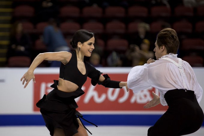 GP - 2 этап. Skate Canada International Kelowna, BC / CAN October 25-27, 2019 - Страница 4 EHqAhHvWoAE1uWb?format=jpg&name=small