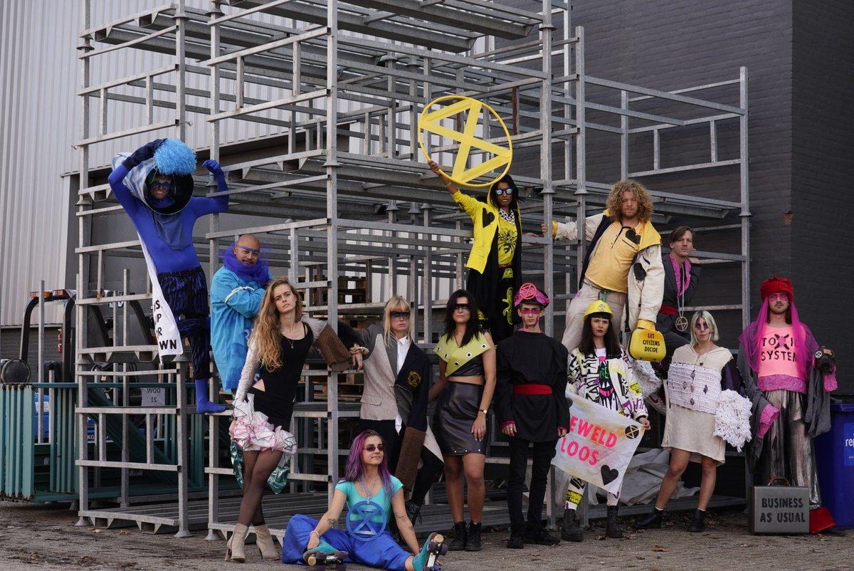 Dat was een topdag met @dutchdesignweek ! De hoofdorganisatie wil ook meedoen met onze fashionshow op #ddw 2020 #dutchdesignweek Foto @AquinoxMedia