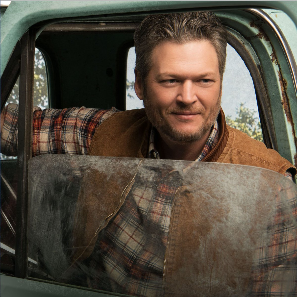 .@blakeshelton Reveals 'Fully Loaded' Album Details ow.ly/87YO50wTbRH