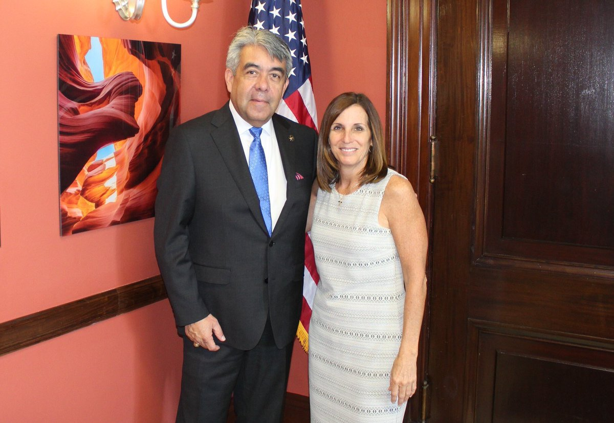 Good to visit with U.S. Marshal for Arizona David Gonzales! Thank you for the work you do to keep Arizona's communities safe.