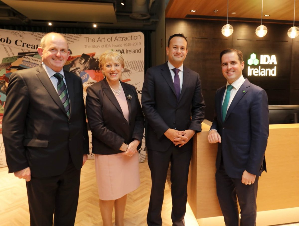 Great to have Taoiseach @LeoVaradkar and Minister @HHumphreysFG with us tonight to mark the opening of the new @IDAIRELAND HQ and to look back over 70 years of attracting foreign investment to Ireland #investinireland #WhyIreland