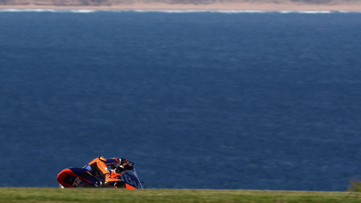 Sensational top 5 for Bezzecchi on day one - Öttl learns Phillip Island 👉🏻 bit.ly/2HNrIOT #KTM #Tech3 #MotoGP #Moto2 #Racing #MB72 #PO65 @MotoGP #AustralianGP