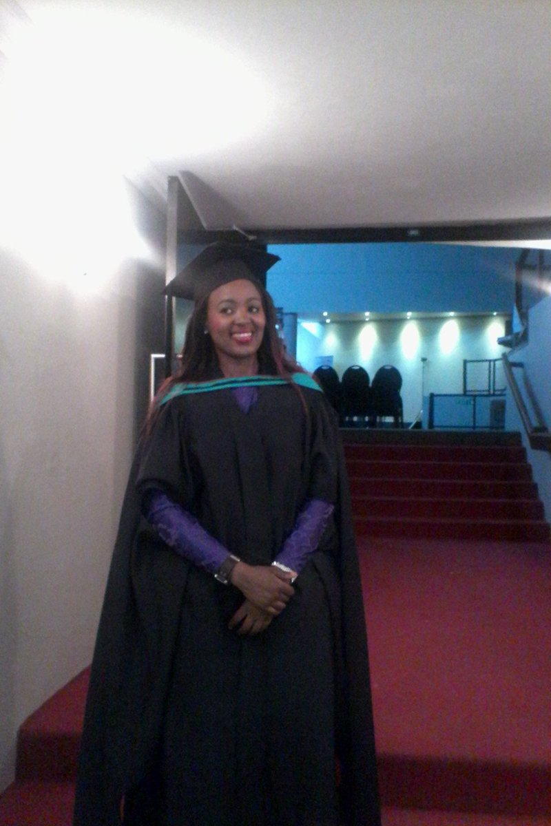 @Pres98_ My sister graduated in 2016, degree in Education intermediate and senior phase kuze kube imanje she's not working #Sad_Reality https://t.co/gS6TqHVFRQ
